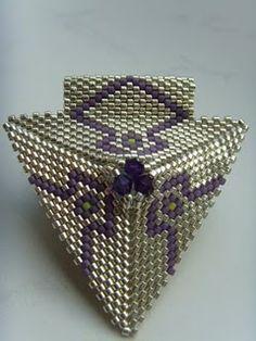beaded jewelry - pendant
