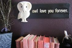 Vintage owl decor.. Definitely going in my future baby's room