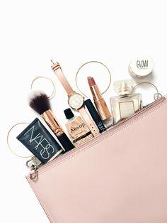 Beauty Essentials For a Weekend Work Trip now on beautybyjessika.com. Photo via weardaisywent.com.