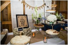 22 Cozy Pie Bar Ideas For Your Wedding - crazyforus Yummy Cupcakes, Yummy Cookies, Fall Cake Pops, Fall Wedding Desserts, Famous Desserts, Marriage Reception, Country Barn Weddings, Bar Displays, Fall Cakes