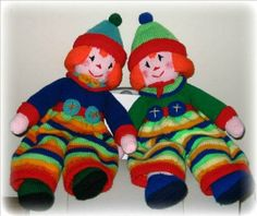 Full tutorial on how to make knitted clowns.