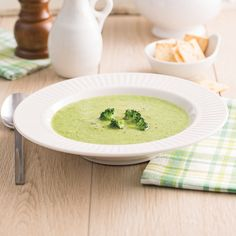 Crème de brocoli - Les recettes de Caty Flat Belly, Soup And Salad, Main Meals, Soup Recipes, Food And Drink, Fruit, Ethnic Recipes, Discovery, Nutrition