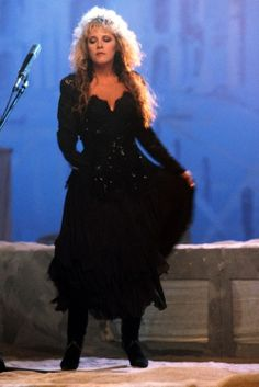 Stevie Nicks with Fleetwood Mac ~ Seven Wonders videoshoot ~ 1987 ~ LA Stephanie Lynn, Looks Dark, Stevie Nicks Fleetwood Mac, Look Vintage, Her Style, Her Music, Music Songs, My Girl, Photos