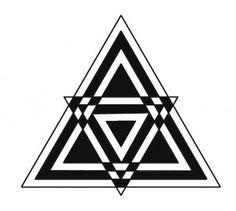 Triângulo  Esta figura geométrica tem importante valor simbólico em muitas religiões e escolas esotéricas, representando a Trindade divina: a harmonia, a perfeição e a sabedoria. Eqüilátero: as tríades divinas ou o perfeito equilíbrio entre os três aspectos da Divindade; isósceles positivo (ápice para cima): o ternário evolutivo ou anseio do espírito em se libertar da matéria; isósceles negativo (ápice para baixo): o ternário involutivo ou o princípio espiritual que penetra e vivifica a…