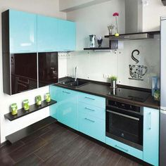 Голубая кухня в интерьере Kitchen Cups, Kitchen Cabinets, Kitchen Remodel, Kitchen Decor, Kitchen Colour Schemes, Home Kitchens, Apartment Kitchen, Kitchen Decor Apartment, Kitchen Design