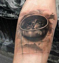 tatouage carte et boussole - Recherche Google