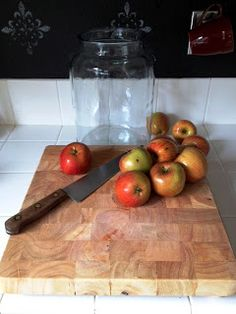 BEST info here!!!   The origin of this blog started as a simple means to document my fermenting and preserving projects and promote the vinegar & jam creation...