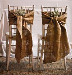 #Bodas con inspiración rústica... Lazadas con tela de saco o arpillera + ramillete de flor de novia