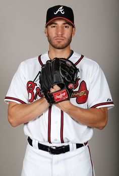 Brandon Beachy Photo - Atlanta Braves Photo Day