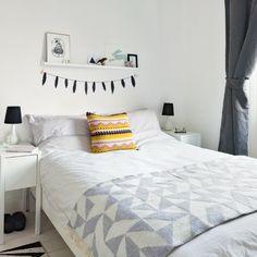 Schlafzimmer Ideen gestalten einrichten deko regal wand