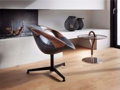 Italian Designer Upholstered Up Lounge Chair - High-end Italian Designer & Luxury Furniture at Cassoni.com