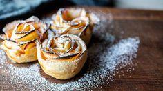 Det er bare å benytte seg av den norske eplehøsten når den er her. Friske norske epler med en perfekt balanse av sødme og syre høstet i vakre fruktbare hager. Frisk, Cake Cookies, Cheesecake, Pudding, Baking, Desserts, Food, Autumn, Tarts