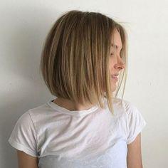 Cortes de cabelo 2018: Experts revelam as próximas tendências! Mais de 100 fotos de cortes de cabelo superatuais para levar já pro salão. #cortes #cortesfemininos #cortedecabelo #cortecabelo #cortecurto #cabelos #cabeloscurtos #cortedecabeloscurto #cabelocurtocacheado #cabelocurtorostoredondo