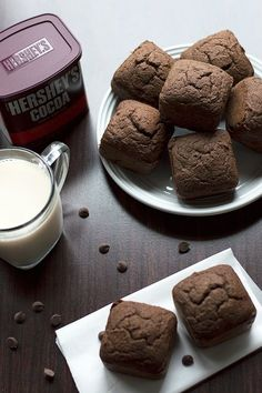 Sugar Free Gluten Free Brownies - a delicious low carb, grain free and sugar free brownies recipe made from coconut flour, almond flour and natural sugar free sweeteners.  ** add 1/3 cup olive oil **