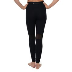In the mood for adventure? The Odyssey Tight won't let you down! Ruching at calf gives a flattering, comfortable fit. Mesh panels behind the knee will keep you cool and dry! #runningtights #runningpantswithmeshpannel #meshpannel #runningclothes #workoutclothes #workouttights #ruching #lynxsportswear