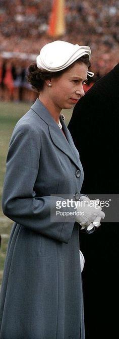 January Queen Elizabeth & Prince Philip, in Australia Young Queen Elizabeth, Princess Elizabeth, Princess Margaret, Diana, Queen Hat, Queen Of Everything, Royal Queen, Isabel Ii, British Royal Families
