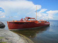 Yatch Boat, Motor Cruiser, Shrimp Boat, Classic Wooden Boats, Deck Boat, Cabin Cruiser, Female Dragon, Vintage Boats, Cool Boats