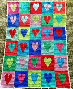 little woollie: Big Heart Blanket - Tadah!