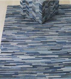 Kleed en kubus gemaakt van jeans/denim. denim carpet