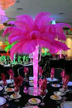 Feather centerpiece in hot pink!
