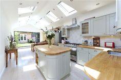 wow kitchen so bright