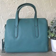 Fossil Sydney Satchel Teal Green Leather Retired YKK for sale online Brown Leather Satchel, Green Leather, Rfid Wallet, Clutch Wallet, Pink Brown, Teal Green, Crossbody Shoulder Bag, Crossbody Bag, Fossil Handbags