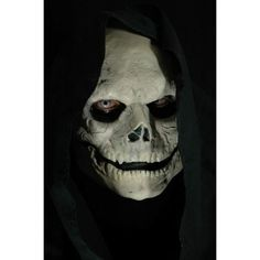 Fantasieprodukte.Skull MaskThis is a movie quality latex mask.Tear resistant and flexible.Comfortable and easy to wearRe-usable.Comes with 2 piece mask, glue and instructions.With a great picture to copy for the make-up.