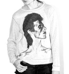 Maje célèbre David Bowie http://www.vogue.fr/mode/news-mode/diaporama/maje-celebre-david-bowie/14919