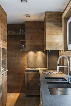 Stefano Scatà is a food, lifestyle and interior photographer based in Italy. Chalet Design, House Design, Cabin Kitchens, Luxury Kitchens, Chalet Interior, Interior And Exterior, Kitchen Interior, Kitchen Design, Kitchen Wood