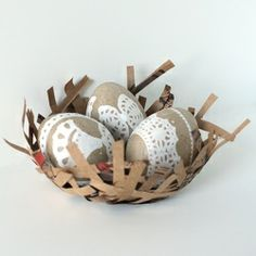 Make some sweet pretty Lace Easter Eggs with paper doilies!