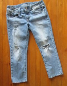 SOLD! American Eagle Distressed Skinny Crop Stretch Blue Denim Jeans Womens 8 W32 L24 #AmericanEagleOutfitters #SkinnyCropDistressed