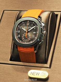 BaselWorld 2018: Patek Philippe Ref. 5968 Aquanaut Flyback Chronograph (quick window shots) Wonderful fresh interpretation. Patek's attempt to attract a younger clientele - well done, I think (no further words, just want to share some quick life pics): Cheers, Magnus from watchProSite.com