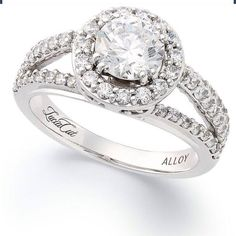 Love this round diamond with this setting ?? ~ .