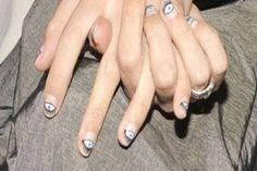 Alexa Chung's evil eye nails