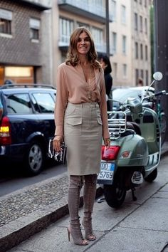 Как носить ботфорты: Карин Ройтфельд | Фотографии