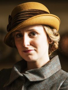 Laura Carmichael as Lady Edith Crawley in Downton Abbey (TV Series, Watch Downton Abbey, Downton Abbey Series, Downton Abbey Fashion, Edith Crawley, Robert Crawley, Laura Carmichael, Lady Mary, Portraits, Jane Austen