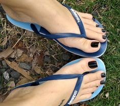 18 Ideas For Black Girl Pedicure Toes Nice Toes, Pretty Toes, Feet Soles, Women's Feet, Cute Toe Nails, Foot Pics, Feet Nails, Toenails, Black Toe