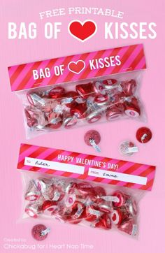 Bag of kisses free printables Valentine -love this! Valentines Day Treats, Valentine Day Love, Valentines For Kids, Valentine Day Crafts, Printable Valentine, Homemade Valentines, Valentines Fundraiser Ideas, Valentine Cupcakes, Heart Cupcakes