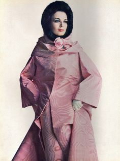 Model is wearing a creation by Nina Ricci.  French Vogue,December 1962.