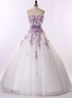Vestido De Noiva Renda 2015 Vintage Strapless Purple Lace And White Wedding Dresses Country Western Wedding Dresses Robe Mairee(China (Mainland)) Lace Ball Gowns, Ball Dresses, Prom Dresses, Evening Dresses, Afternoon Dresses, Flapper Dresses, Dress Prom, Cheap Dresses, Bridesmaid Dress