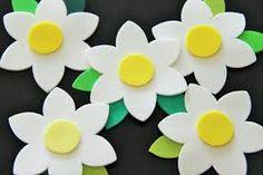 Resultado de imagen para flores de goma eva