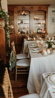 Neutral Wedding Decor, Minimalist Wedding Decor, Floral Wedding, Wedding Colors, Wedding Flowers, Wedding Linens, Round Table Settings, Wedding Table Settings, Lodge Wedding