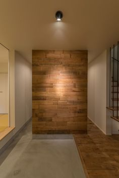 Fuji House, Wooden Accent Wall, Craftsman Living Rooms, Small House Exteriors, Classic House Design, House Entrance, Japanese House, Beautiful Interiors, Room Interior