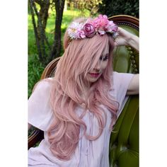 PINK BLOSSOMS- Extravagantes Headpiece,Blumenband (€45) ❤ liked on Polyvore featuring accessories, hair accessories, hair, people, imagenes, pink flower hair accessories, pink hair accessories and flower hair accessories