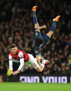 Giroud vs Manchester United 2013-2014. Awesome action shot - wow!