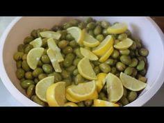 Püf Noktalarıyla Yeşil Zeytin Nasıl Yapılır? Kışa nasıl Saklanır? - YouTube Black Eyed Peas, Fruit, Vegetables, Food, Youtube, Pasta, Olives, The Fruit, Veggies