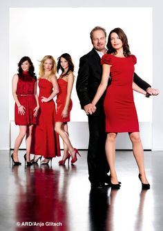 Familie Wolf Greys Anatomy, Bridesmaid Dresses, Wedding Dresses, Formal Dresses, Unique, Collection, Wolf, Fashion, Forbidden Love