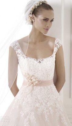 Pronovias Bia  Wedding Dress on Sale 55% Off