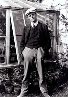 James Joyce | 24 Photos Of Famous Authors When They Were Coming Of Age