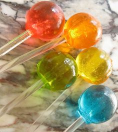 Just add some Vodka to spice up these Homemade Lollipops for your next party experience.